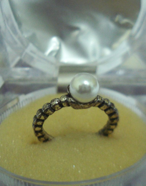 Black & Golden Ladies Ring