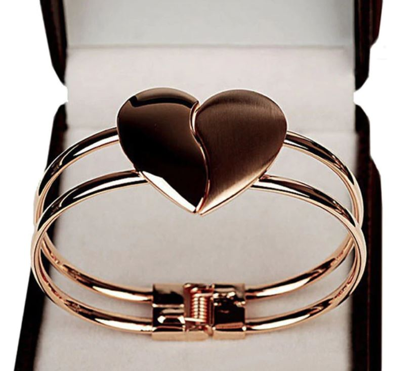 Lady Elegant Heart Clasp Bangle
