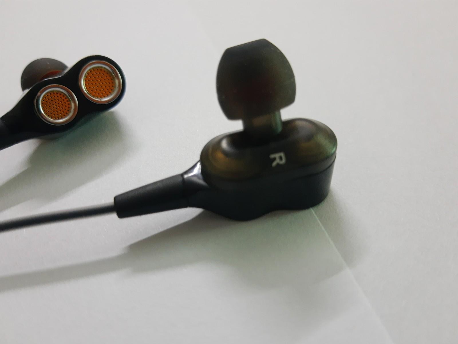 HKT Dual Speaker Bass earphones, handsfree with moving coil technology 3.5mm White_2