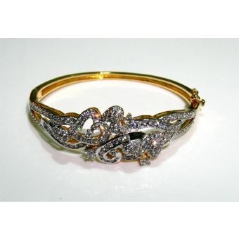 Women's Zircon Studded Bracelet