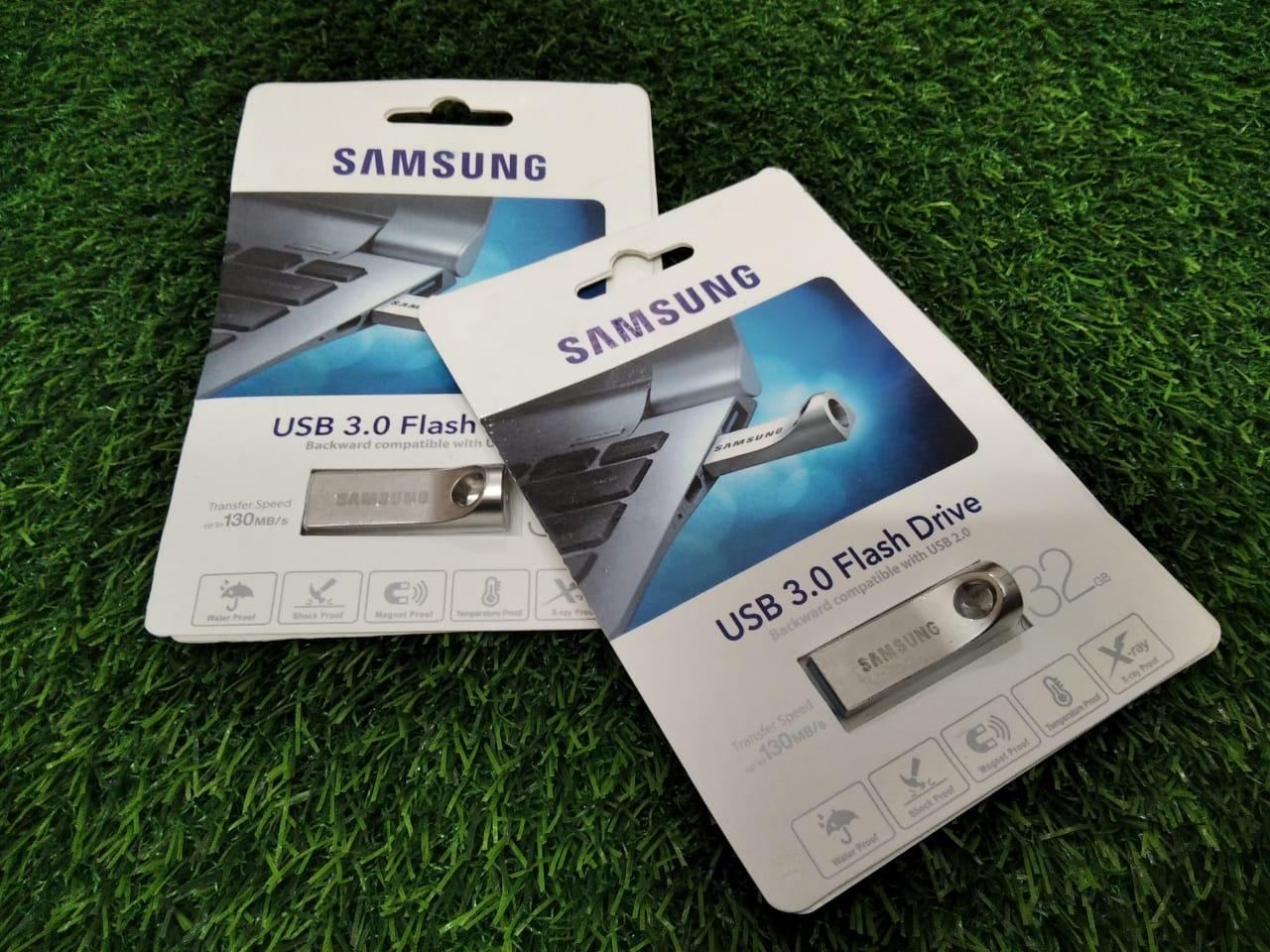 USB 3.0 Flash Drive 32GB